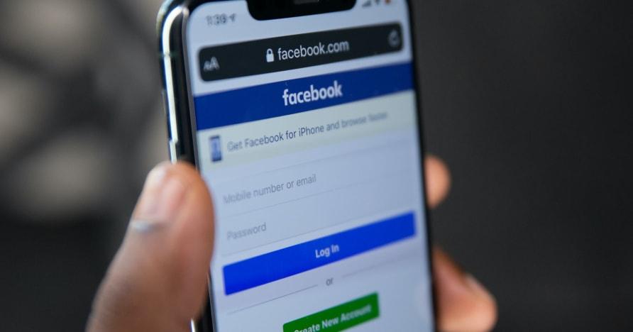 รายชื่อเกม Facebook ที่ให้ความบันเทิงในปี 2021
